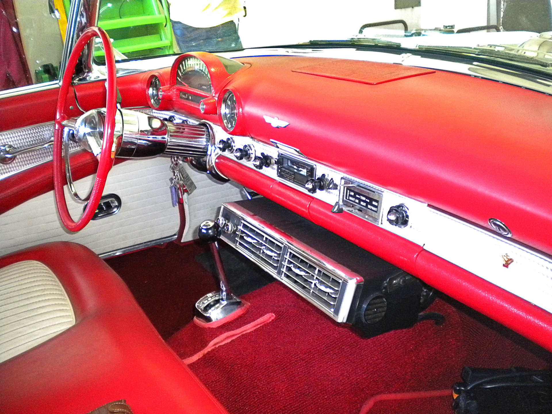 ITV_GO_T_BIRD_1955_INTERIOR